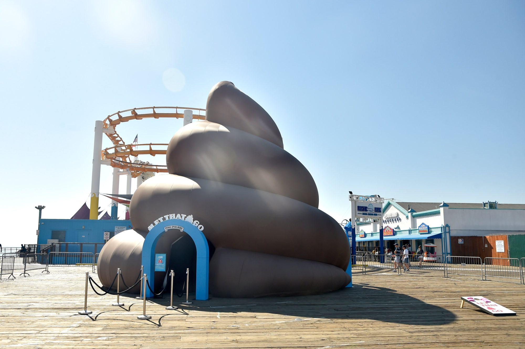 The Giant Poo