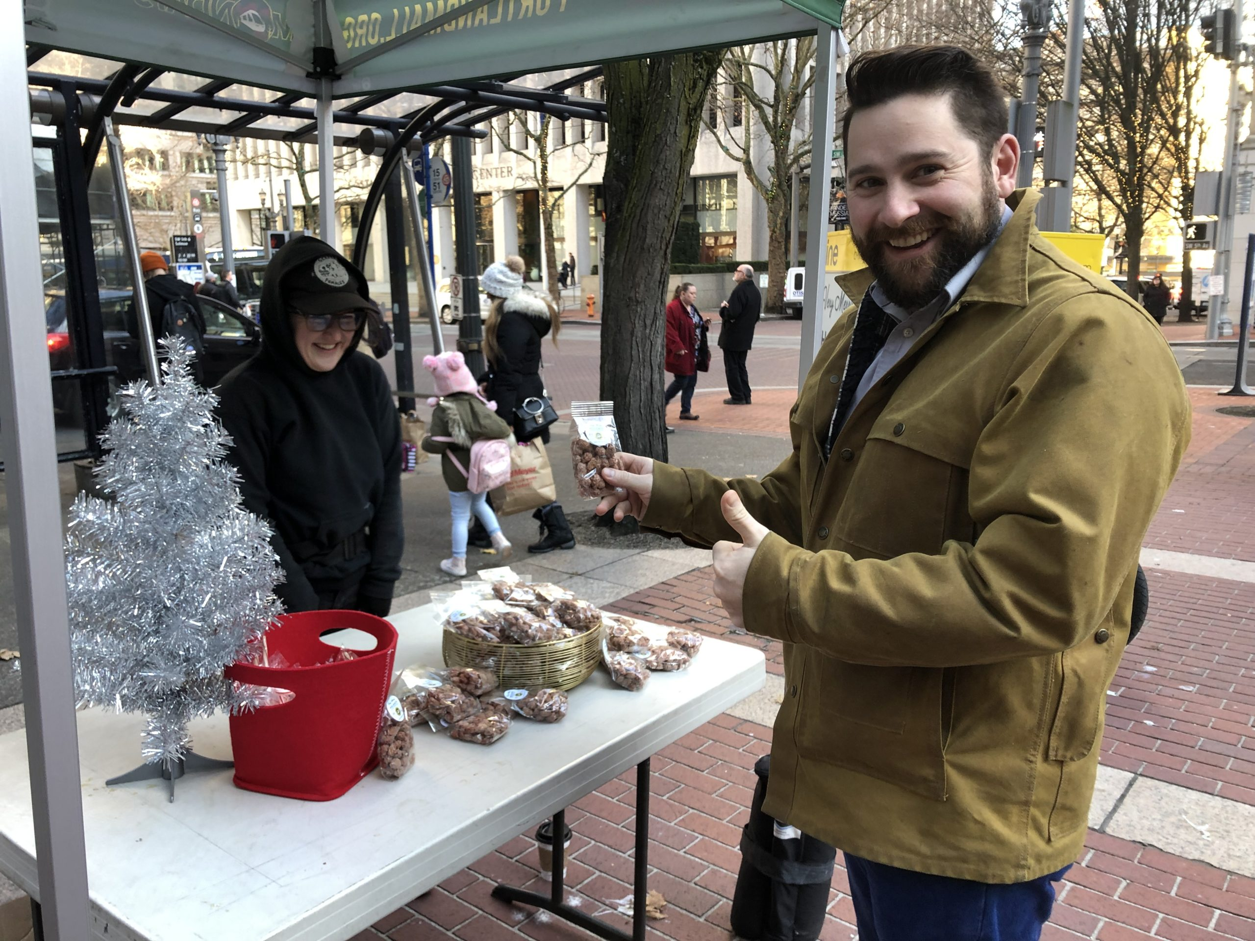 Celebrate the Holidays with Pop-Up events along Portland's Transit Mall!